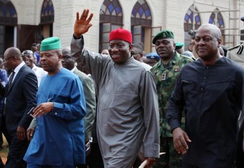 Les Présidents Goodluck Jonathan et John Mahama