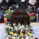 Le cercueil de Chinua Achebe