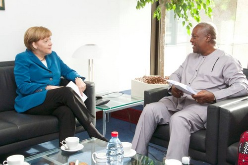 Angela Merkel et John Mahama ( ph crédit présidence ghana)