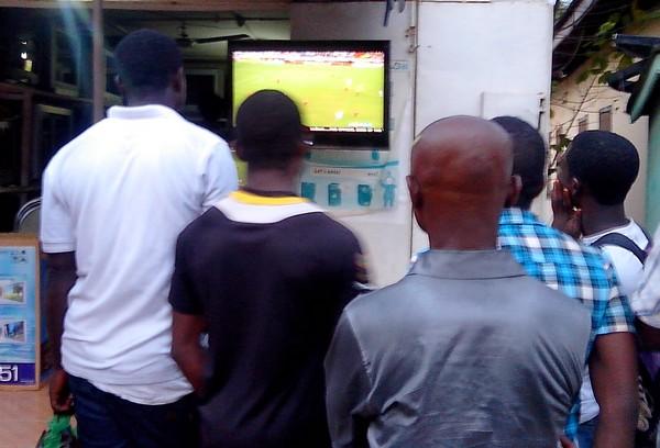 Suivi d'un match à Accra
